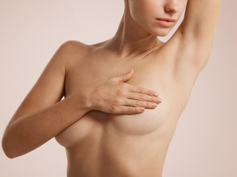 sehr große hängende brüste